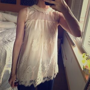 Lace sleeveless top as xsmall